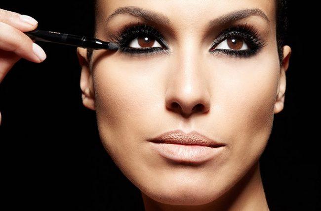 4 Passos Para uma Maquiagem Sexy